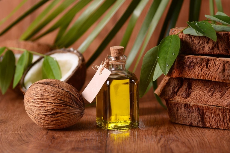Why is Coconut Oil Becoming so Popular?