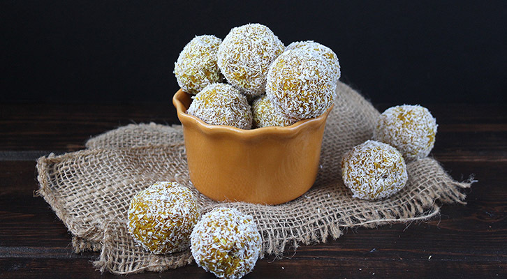 Coconut Turmeric Bites