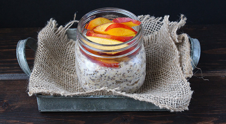 Vanilla Nectarine Overnight Oats in a Jar