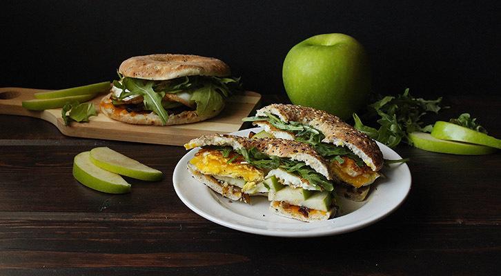 Apple, Cheddar & Caramelized Onion Egg Bagel Sandwich
